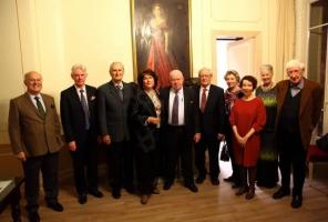 Consul Pierre Joannon, Francis O Hara, Ted Dexter, Caroline & Michael Lillis, Prof Ronan Fanning, Annick Joannon, Elizabeth Wassell, Susan Dexter, John Montague.