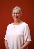 Dr Mary Pierse