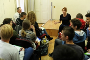 Dr Vandra Costello - Ireland Fund of Monaco Writer-in-residence - with the 1ère S4 class from the Lycée Albert 1er and their teacher, Jean-René Fonquerne